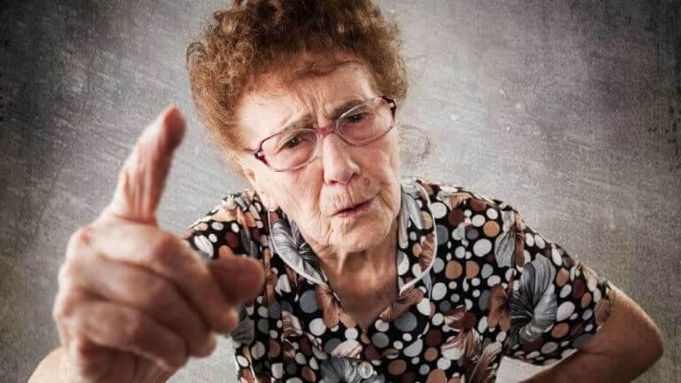 La abuela desesperada porque está cansada de cuidar a sus nietos