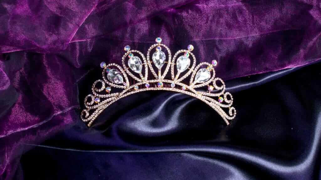Corona de diamantes