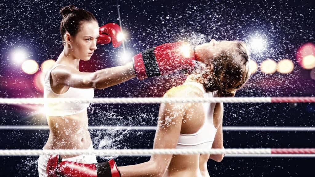 Mujeres boxeando
